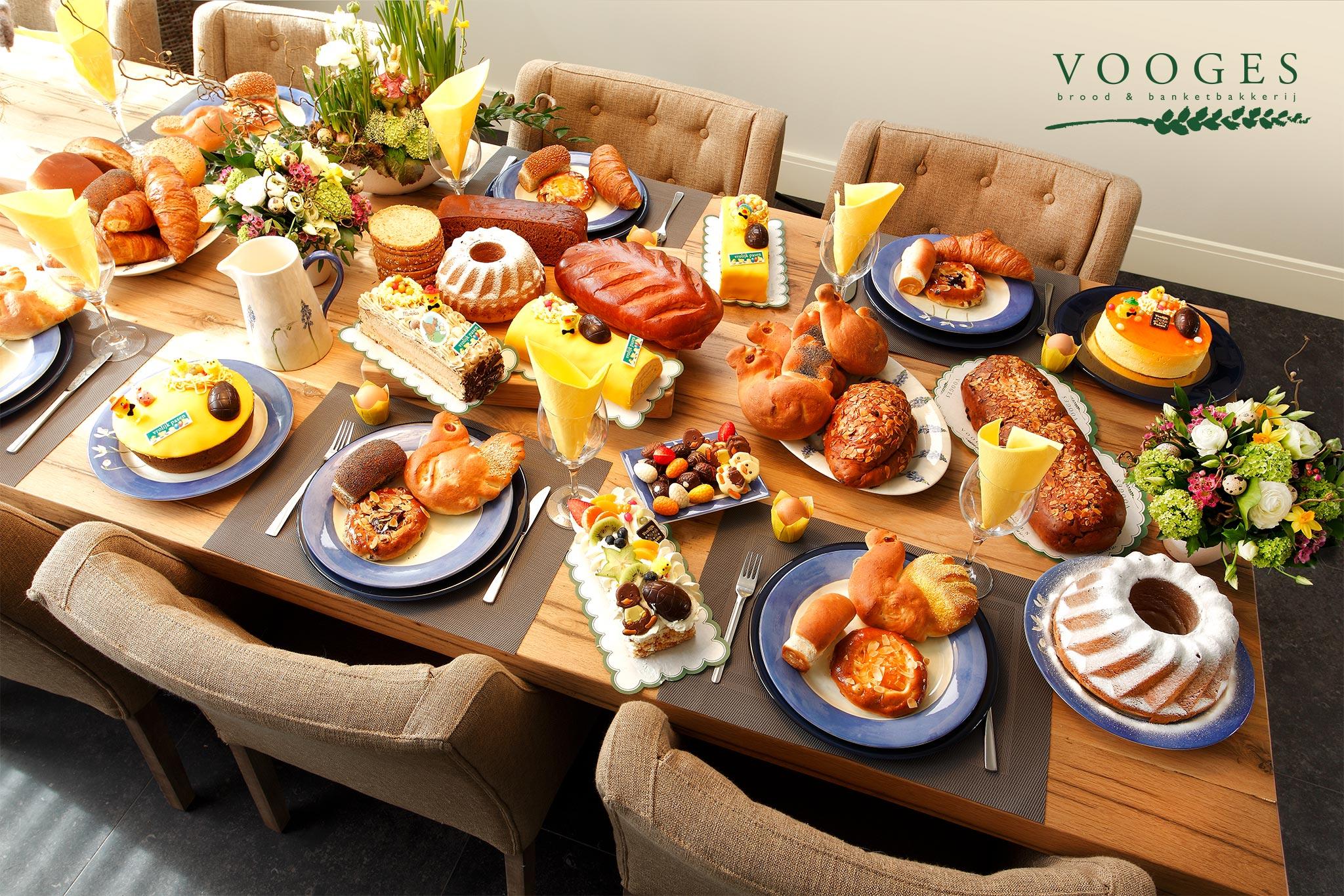 De Paastafel van Bakkerij Vooges, wie wil dit nu niet.