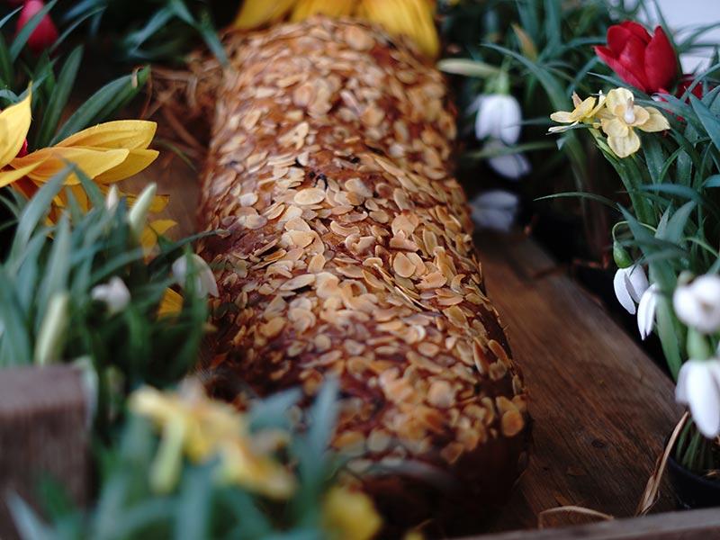 Bakkerij Vooges - Pasen - Paasbrood 1000 gram